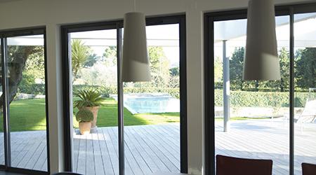 prix d 39 une fenetre alu. Black Bedroom Furniture Sets. Home Design Ideas