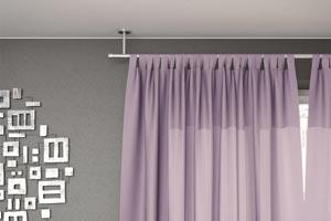 Installer une tringle à rideaux au plafond